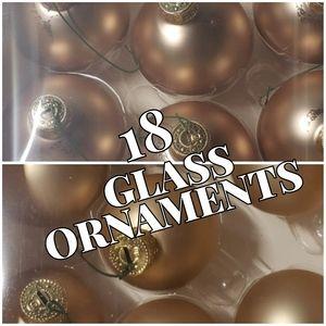 🎄🎀 Set of 18 Glass Champagne Ornaments
